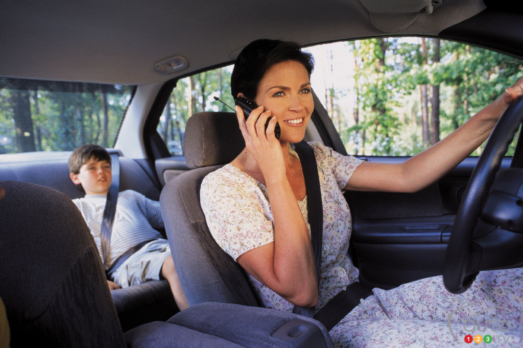 Study: Most parents are bad driving models for their teens