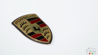 Porsche may launch electric and fuel-cell sedans by 2018