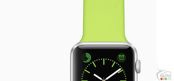 A $120 fine for using Apple Watch while driving