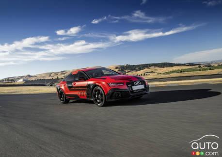 {u'en': u'Concept Audi RS7 autonome'}