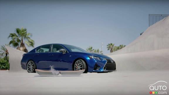 {u'fr': u'Lexus Hoverboard'}
