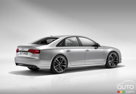 {u'en': u'2016 Audi S8 plus'}