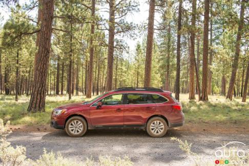 {u'en': u'2016 Subaru Outback'}