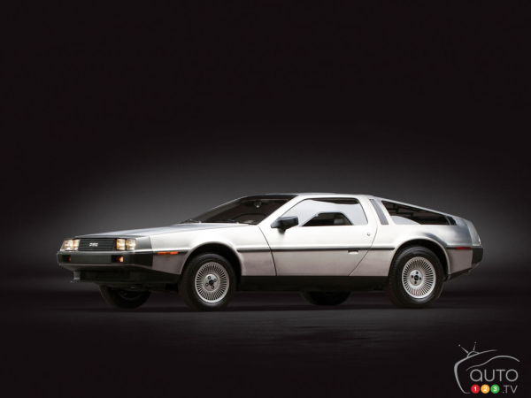 Japanese DeLorean runs on bioethanol made from old clothes