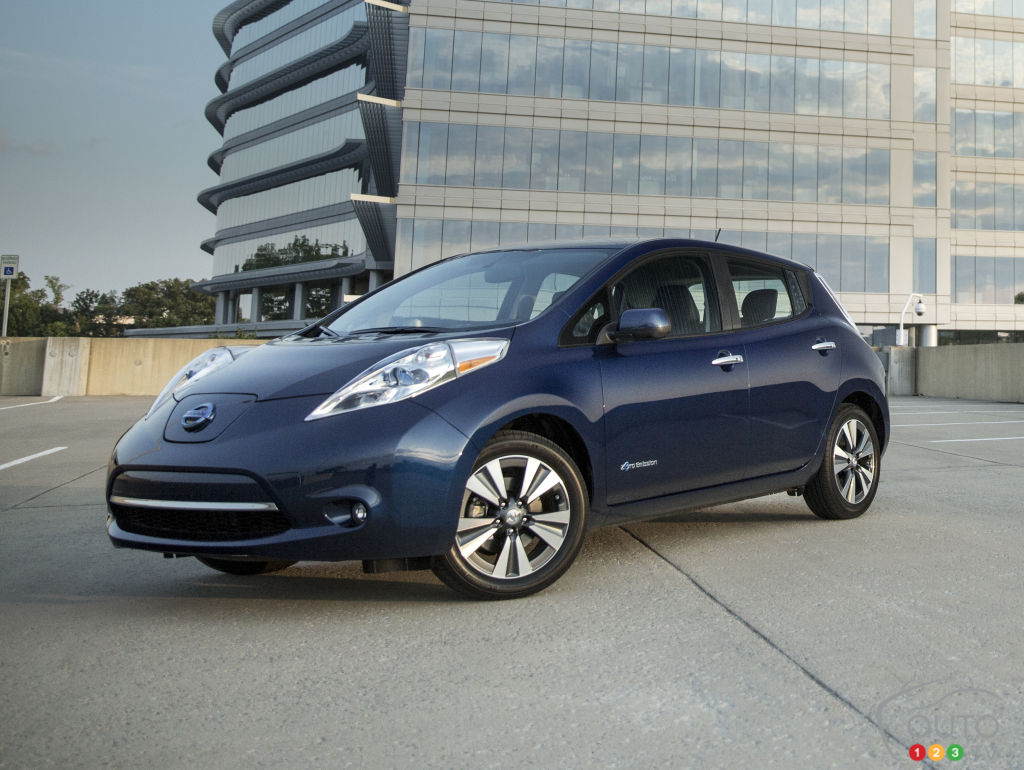 la nissan leaf 2016 offre une autonomie de 172 km nouvelles auto123. Black Bedroom Furniture Sets. Home Design Ideas