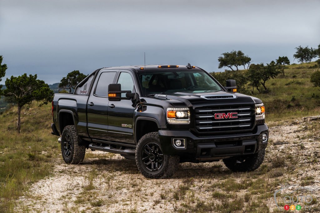 2017 gmc sierra hd all terrain x boosts off road capability car news auto123. Black Bedroom Furniture Sets. Home Design Ideas