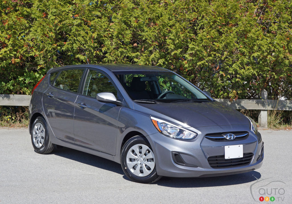 2016 hyundai accent is still a great car car reviews. Black Bedroom Furniture Sets. Home Design Ideas