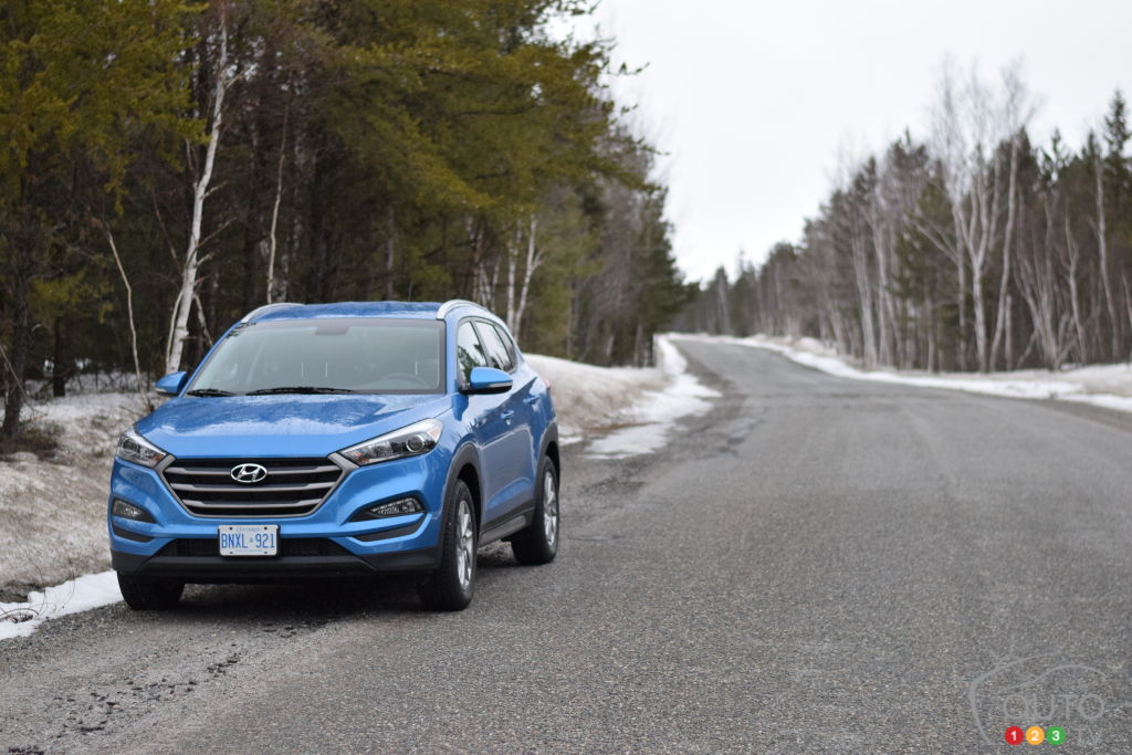 2017 Hyundai Tucson 2.0 Premium AWD Stands Out In Many Ways | Car Reviews |  Auto123