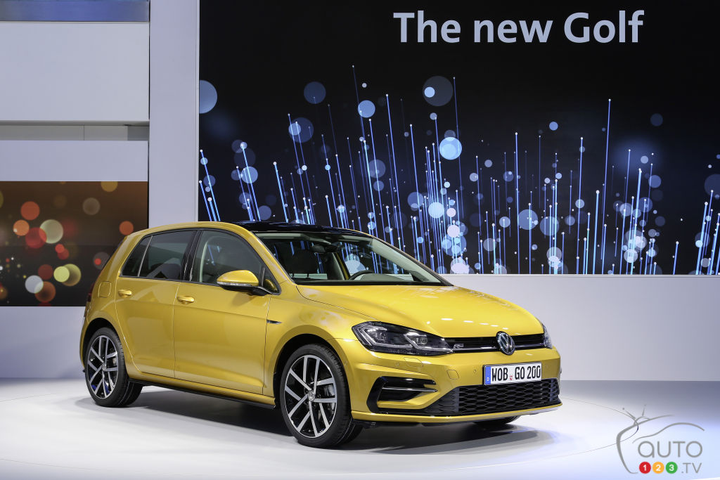 What Is The Fastest Production Car In The World >> All-new Volkswagen Golf: more details unveiled in new video | Car News | Auto123