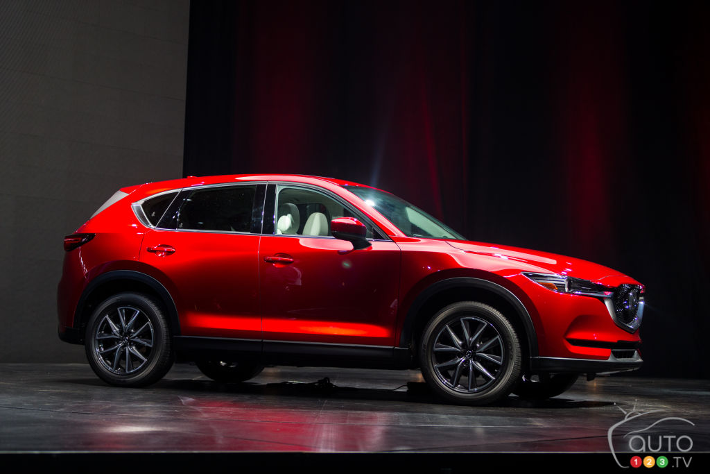all new mazda cx 5 to add diesel engine car news auto123. Black Bedroom Furniture Sets. Home Design Ideas
