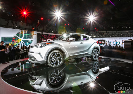 {u'en': u'All-new 2018 Toyota C-HR unveiled in Los Angeles'}