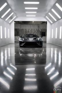 {u'fr': u'La nouvelle Ford GT 2017 sort de l\u2019usine'}