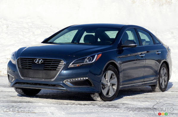 2016 Hyundai Sonata Plug-in Hybrid Review