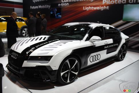 {u'en': u'The Audi RS 7 Piloted Driving Concept'}