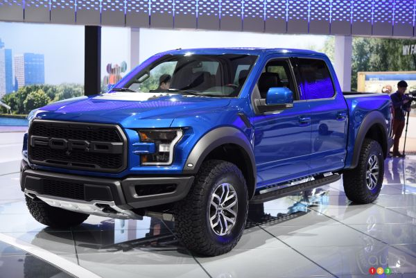 Toronto 2016: Ford Fusion and F-150 Raptor on display