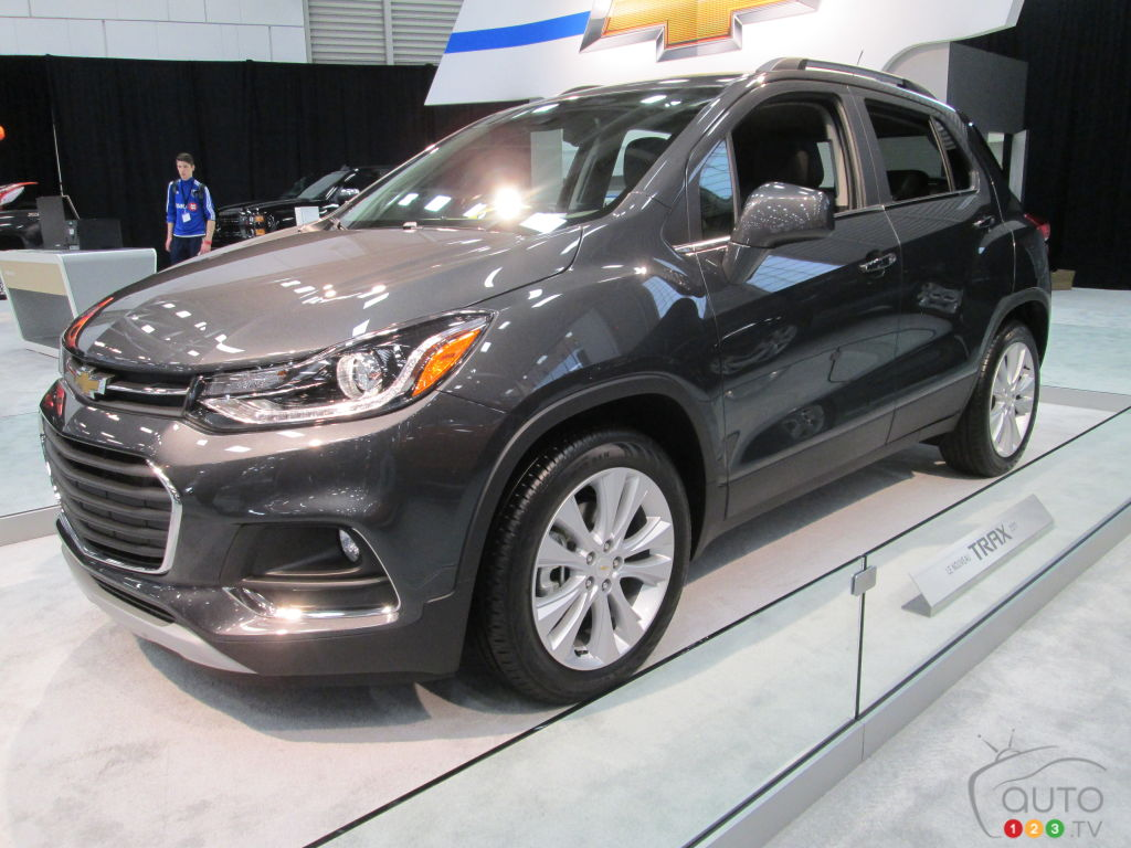 2017 chevy trax debuts in canada at quebec city auto show. Black Bedroom Furniture Sets. Home Design Ideas
