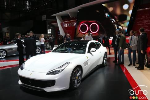 {u'fr': u'La Ferrari GTC4Lusso'}