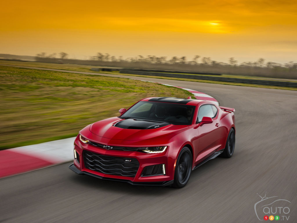 2017 chevy camaro zl1 unveiled with 640 horsepower car. Cars Review. Best American Auto & Cars Review