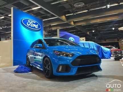 {u'fr': u'La Ford Focus RS au Salon de Montr\xe9al en janvier 2016'}