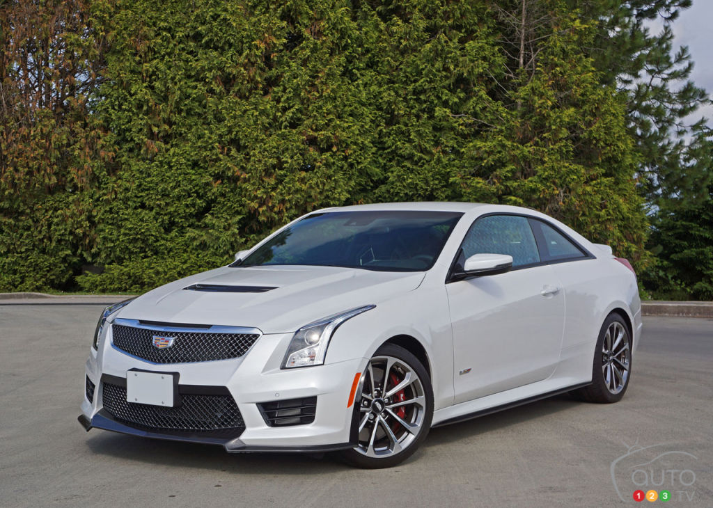 2016 cadillac ats v coupe takes on m and amg car news auto123. Black Bedroom Furniture Sets. Home Design Ideas