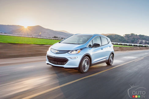 {u'en': u'The new 2017 Chevy Bolt EV'}