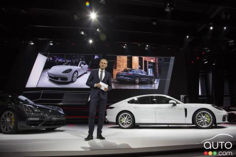 {u'fr': u'La nouvelle Porsche Panamera 4 E-Hybrid'}
