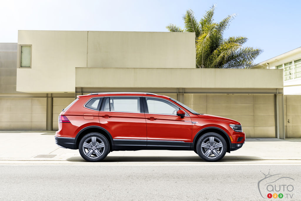 Volkswagen debuts long-wheelbase Tiguan at NAIAS