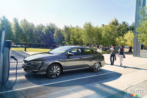 {u'en': u'Honda Clarity Electric'}