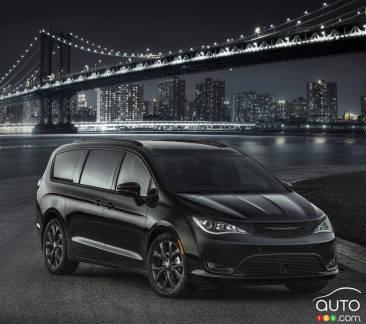{u'fr': u'Chrysler Pacifica 2018 avec ensemble Apparence S'}