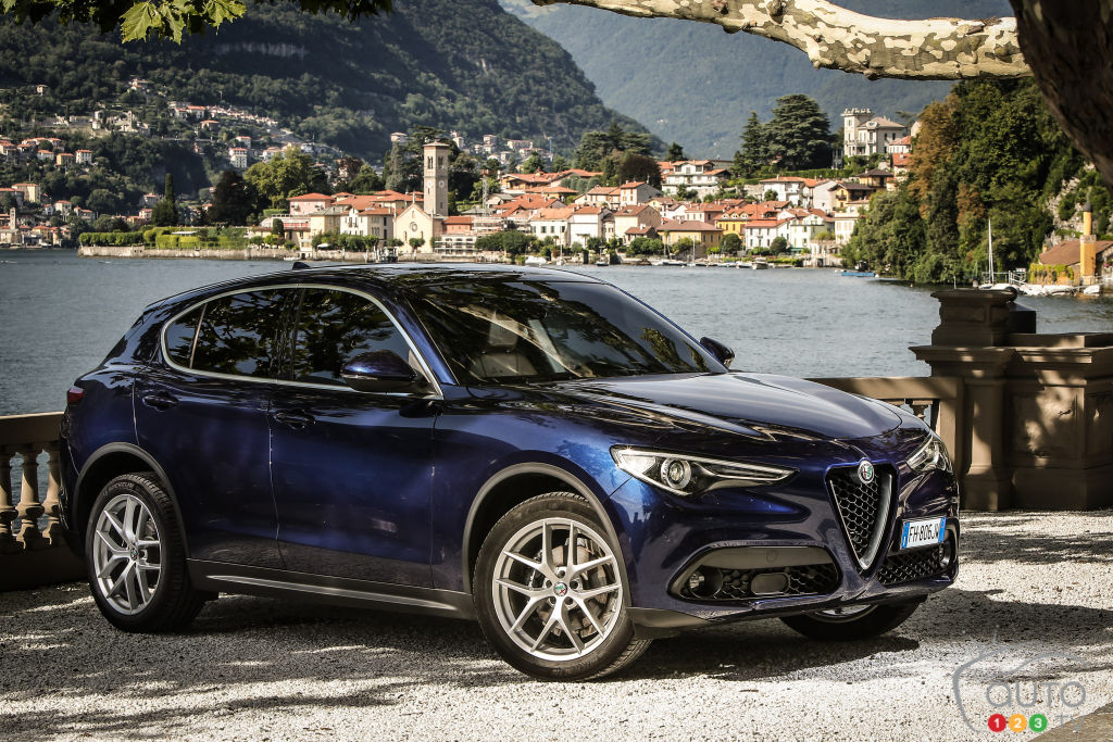 2018 alfa romeo stelvio review pricing specifications car reviews auto123. Black Bedroom Furniture Sets. Home Design Ideas