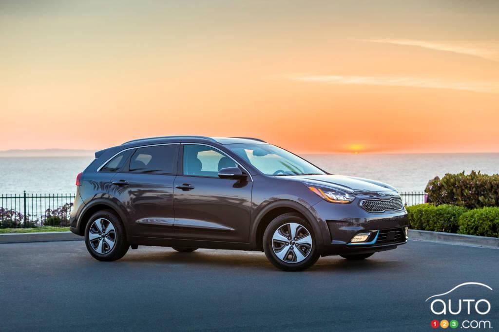 Le Kia Niro 2018 Devient Rechargeable Actualites Automobile Auto123