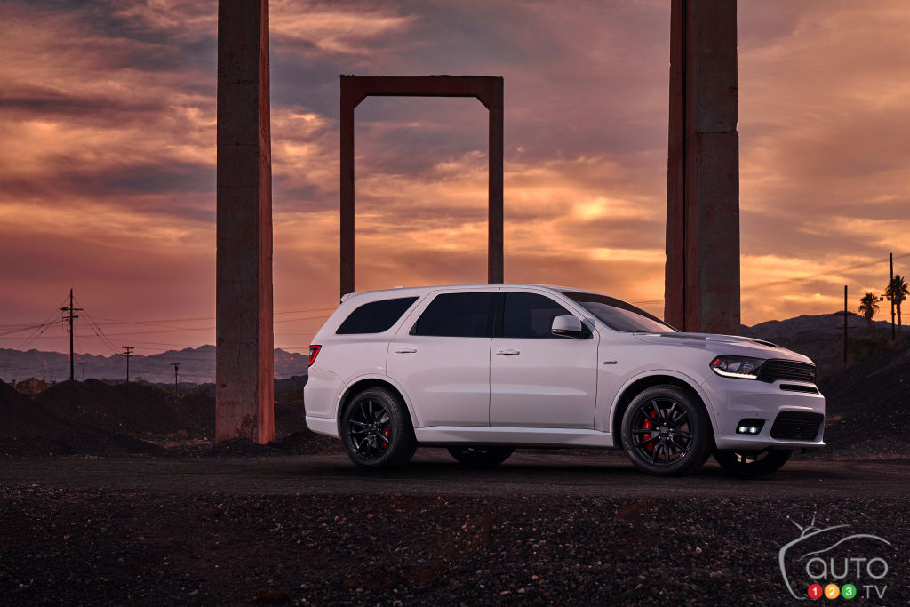 2018 dodge durango srt unleashed at chicago auto show car news auto123. Black Bedroom Furniture Sets. Home Design Ideas