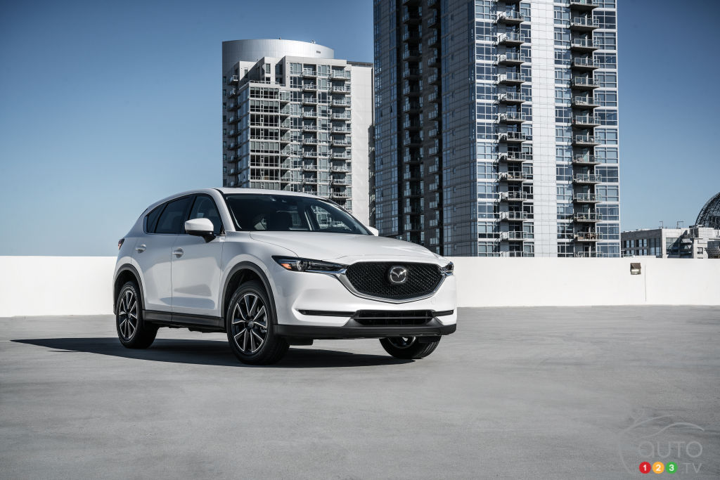New 2017 Mazda Cx 5 Driving Toward A High End Market
