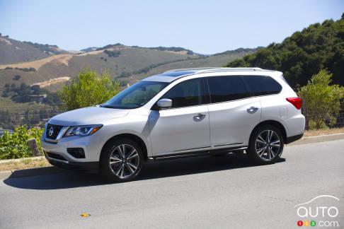 {u'en': u'2017 Nissan Pathfinder'}