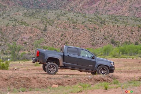 {u'fr': u'Chevrolet Colorado ZR2 2017'}