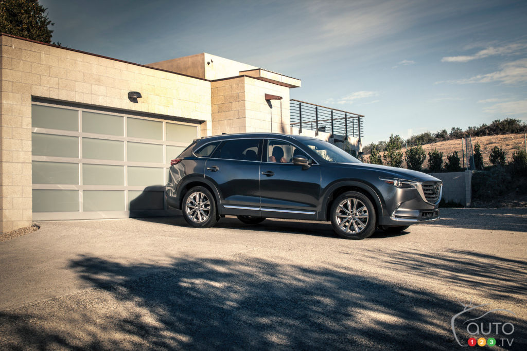 the 2017 mazda cx 9 gets top safety award from the iihs car news auto123. Black Bedroom Furniture Sets. Home Design Ideas