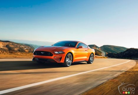 {u'en': u'2018 Ford Mustang GT'}