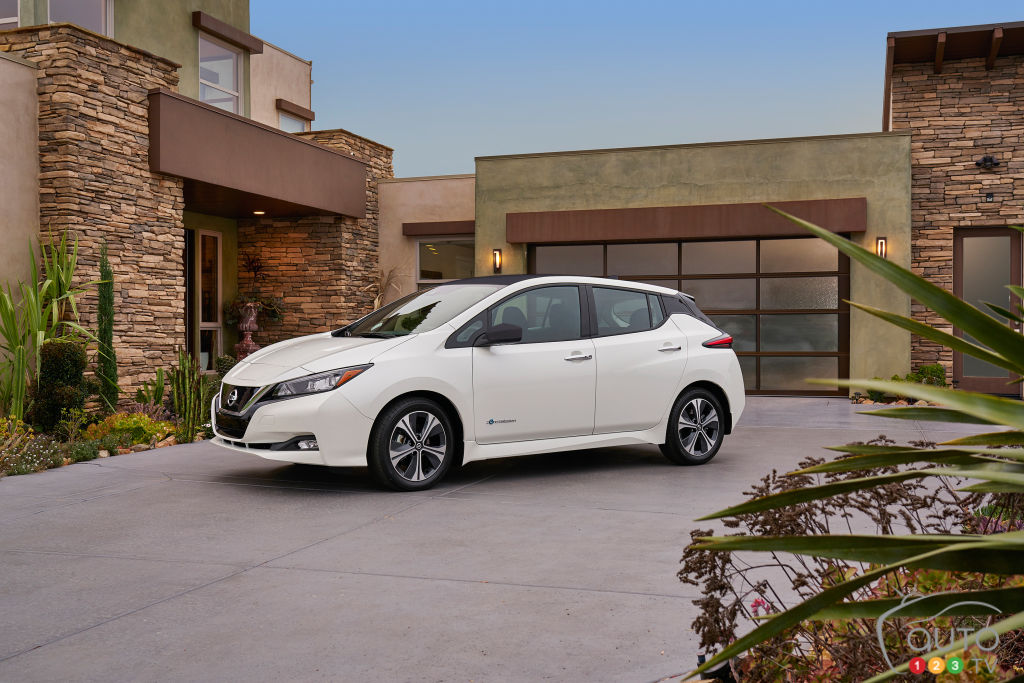 150 miles for $30875, 200-plus miles in 2019 — Nissan Leaf debuts