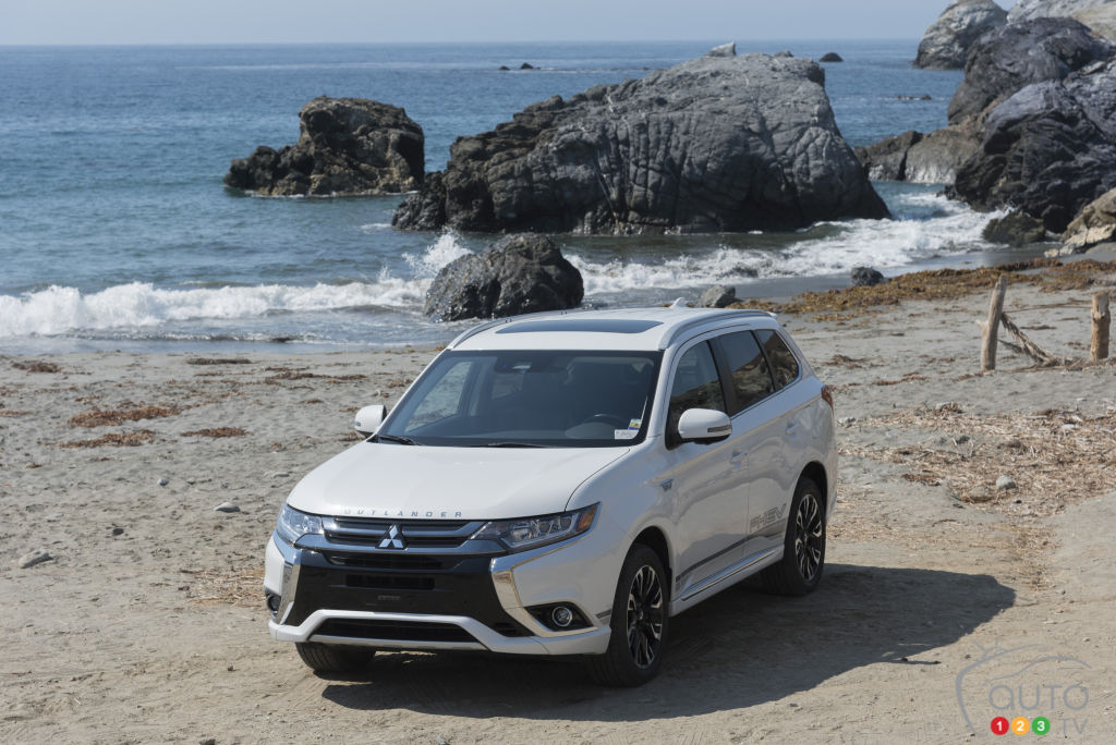 Mitsubishi Outlander PHEV Finally Makes Its Way Over