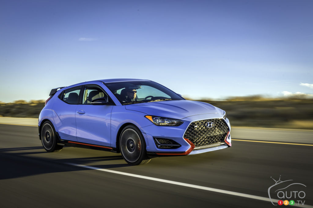 2019 Hyundai Veloster Returns With a Bang in Detroit | Car ...