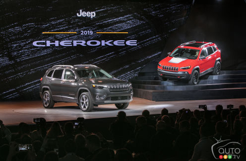 {u'en': u'2019 Jeep Cherokee Limited and Trailhawk'}
