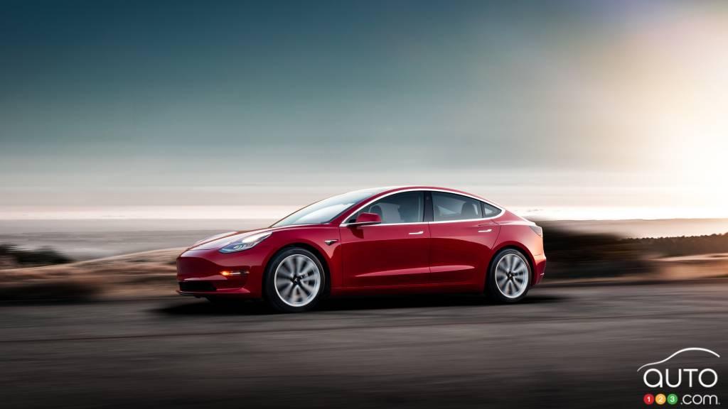 Tesla Model 3 : elle débarque en Europe en février