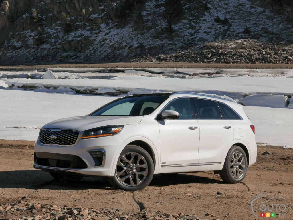 First Drive Review Of The Refreshed 2019 Kia Sorento Suv Car Reviews Auto123