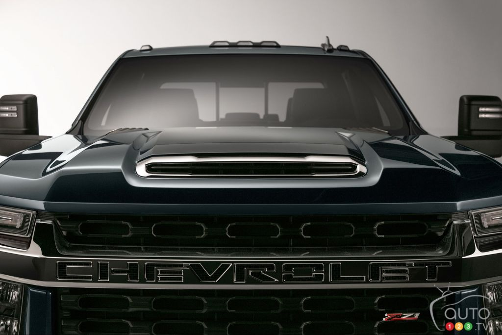 1st image released of 2020 Chevrolet Silverado HD | Car ...