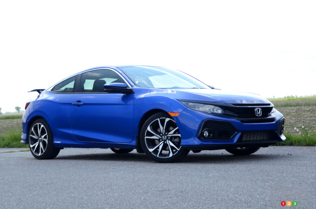Review Of The 2018 Honda Civic Si Car Reviews Auto123