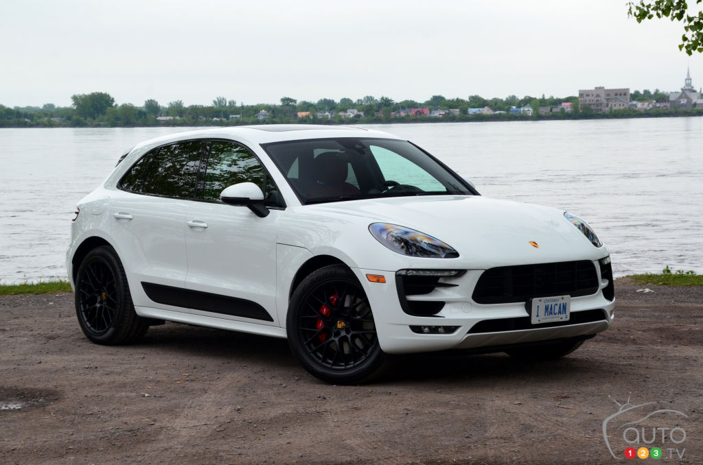 review of the 2018 porsche macan gts car reviews auto123. Black Bedroom Furniture Sets. Home Design Ideas