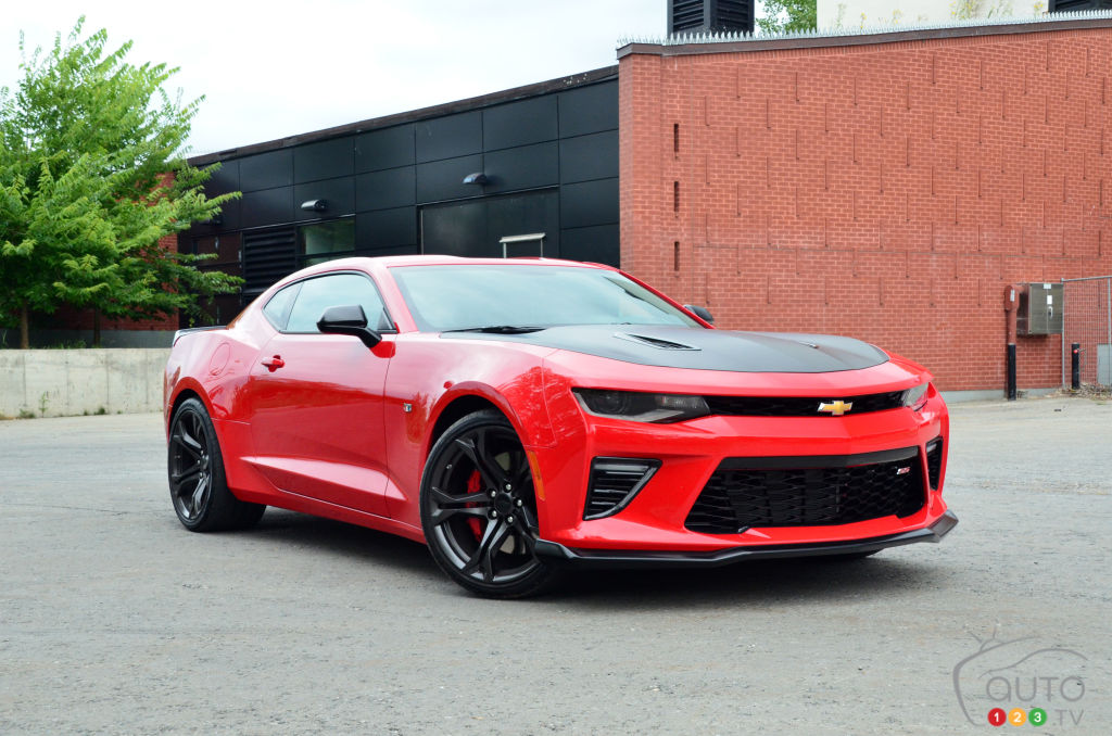 Review Of The 2018 Chevrolet Camaro Ss 1le Car Reviews Auto123