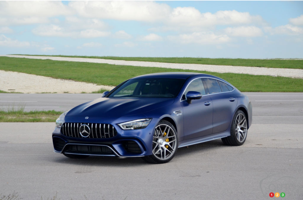 First Drive Of The 2019 Mercedes Amg Gt4 Coupe Car Reviews Auto123