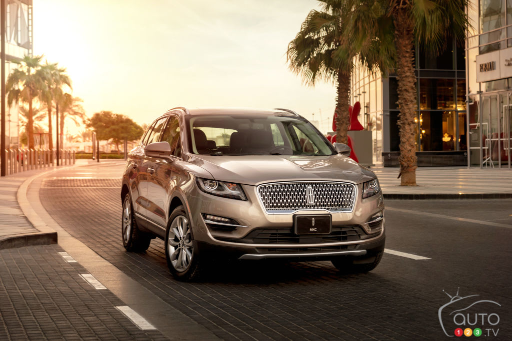 2020 Lincoln Corsair Powertrain To Come In A Third Flavour