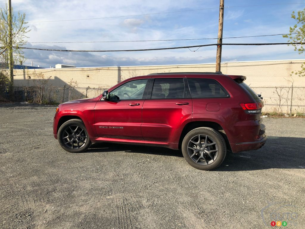 2019 Jeep Grand Cherokee Limited X Review Car Reviews Auto123